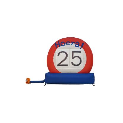 HalveAbraham.nl - Opblaasbaar verkeersbord 25 jaar