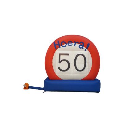 HalveAbraham.nl - Opblaasbaar verkeersbord 50 jaar
