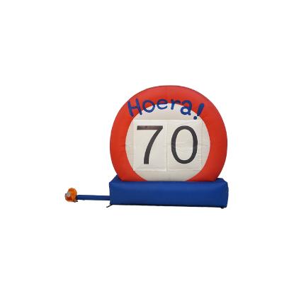 HalveAbraham.nl - Opblaasbaar verkeersbord 70 jaar