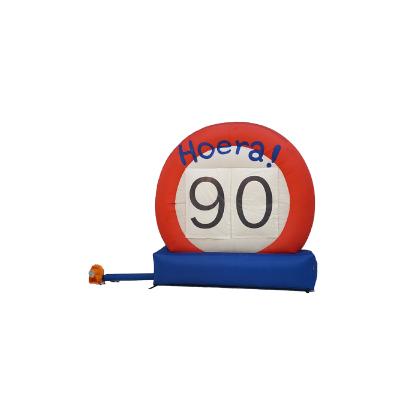 HalveAbraham.nl - Opblaasbaar verkeersbord 90 jaar